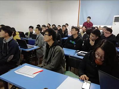 虹貓學園就業︰漢得信息2019年招(zhao)聘現場4